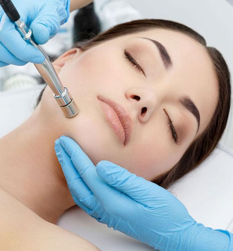 Lifting-Treatment-Gesicht-in-1030-Wien---Fußpflege-Kosmetik-Romana